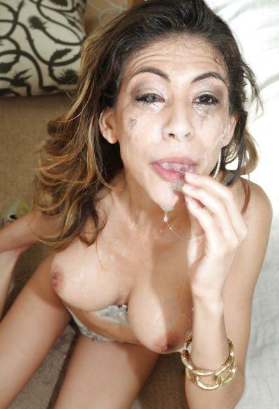 Фото №15 Грудастая проститутка Heather Vahn глубоко заглатывает длинный член