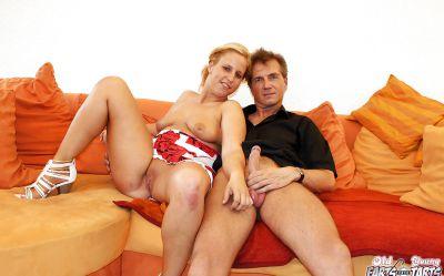 Фото №1 Любительский секс с толстой милфой