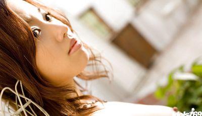 Фото №15 Красивая молодая азиатка с мохнаткой между ног