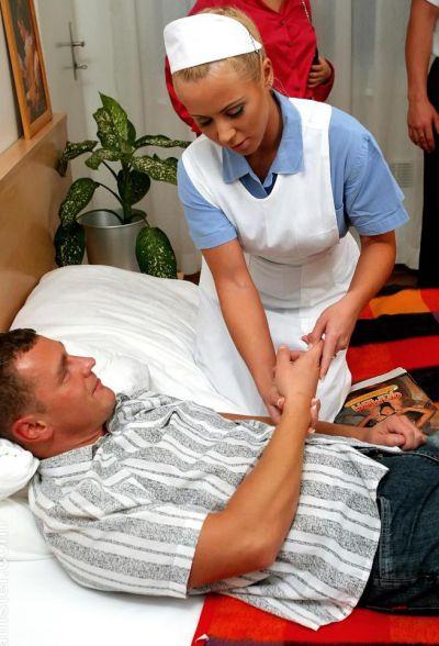 Фото №1 Трахнул медсестру и обоссал двух шалав